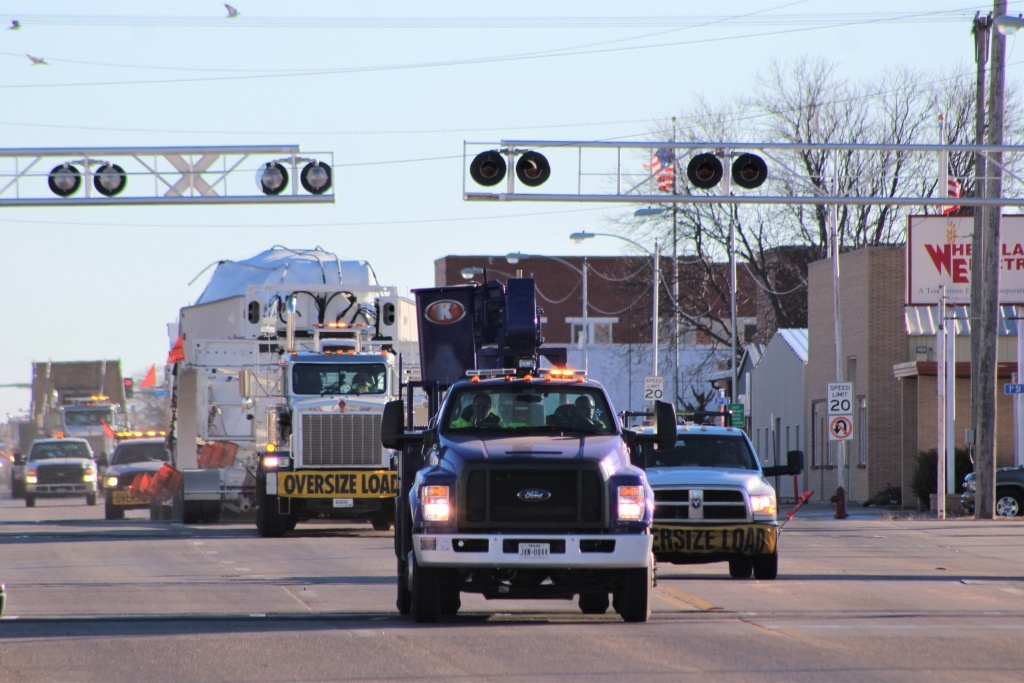 Bucket truck transportation services for 2,500-mile route.