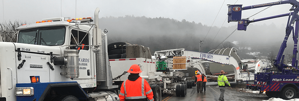 Kenco Utility Truck 200 Ton Turbines Slideshow 02
